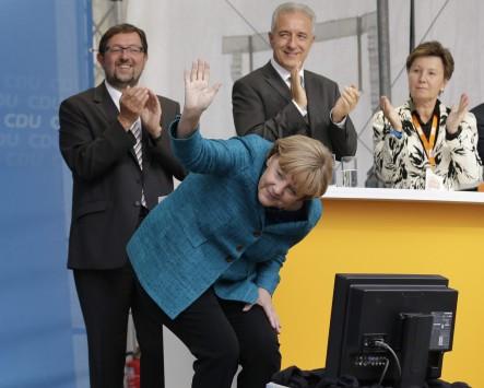 Πύρρειος νίκη για τη Μέρκελ στη Βαυαρία