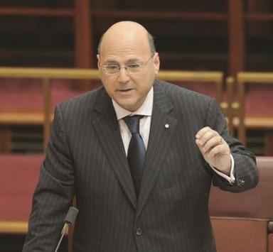 Αθανάσιος Συνοδινός: Γιατί δεν έγινε ο νέος υπουργός Οικονομικών της Αυστραλίας