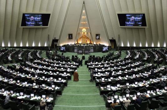 Facebook και Twitter ξανά προσβάσιμα στο Ιράν