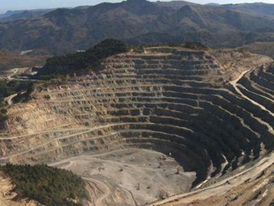 «Στοπ» στην εξόρυξη χρυσού στη Ρουμανία