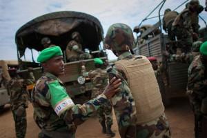 Σομαλία: Κυναόκρανοι εμπλέκονται σε λαθρεμπόριο εφοδίων