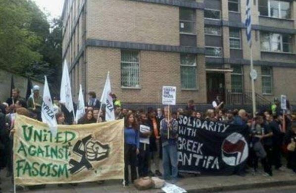 Αντιφασιστική συγκέντρωση στο Λονδίνο για τον Π. Φύσσα