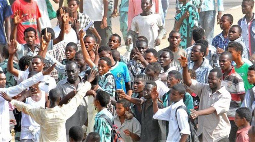 Σουδάν: Είκοσι εννέα νεκροί σε διαδηλώσεις για την ακρίβεια στα καύσιμα