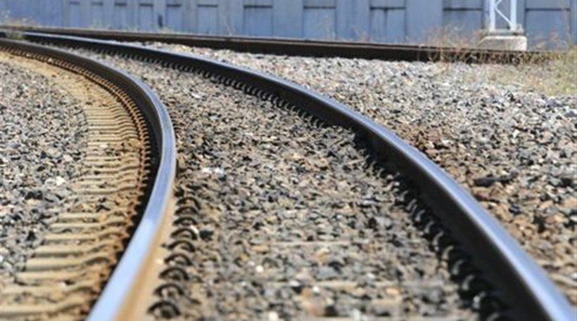 Ουκρανία: Έκαναν σεξ πάνω στις σιδηροδρομικές γραμμές και τους πάτησε το τρένο!