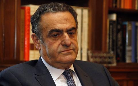Διαψεύδει τα περί παραίτησής του ο Χαράλαμπος Αθανασίου