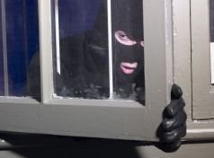 Συλλήψεις νεαρών στην Σκόπελο για κλοπή από οικία