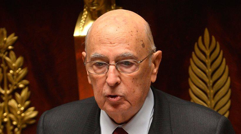 Ναπολιτάνο: «Να αναθεωρηθούν οι νόμοι για την υποδοχή των προσφύγων»