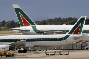Στο χείλος του γκρεμού η Alitalia