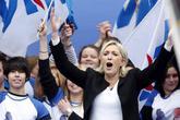 Συναγερμός στη Γαλλία για την άνοδο-σοκ της ακροδεξιάς