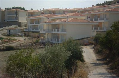 Συνεργασία Δήμου Ρήγα Φεραίου και ΟΑΕΔ για τις Εργατικές Κατοικίες