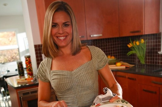 Διάσημη σεφ από τη Σκόπελο
