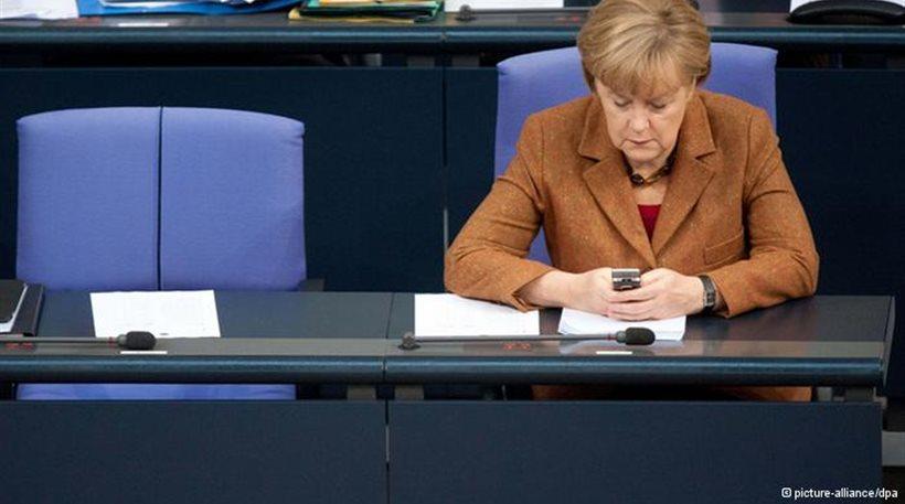 Financial Times: Ανγκελα Μέρκελ, η καγκελάριος... των SMS