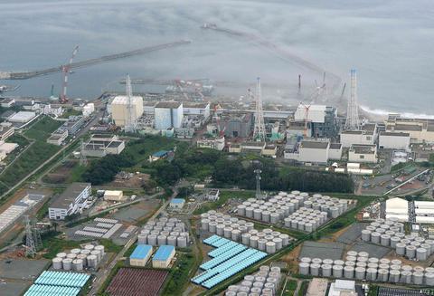 Σεισμός 7,6 Ρίχτερ στην Ιαπωνία - Τσουνάμι κατευθύνεται στη Φουκουσίμα