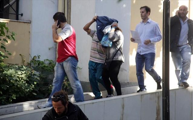 Ποινική δίωξη για εμπορία και αρπαγή ανηλίκου στο ζευγάρι από το Ζεφύρι