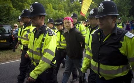 5 συλλήψεις για τρομοκρατία στη Βρετανία