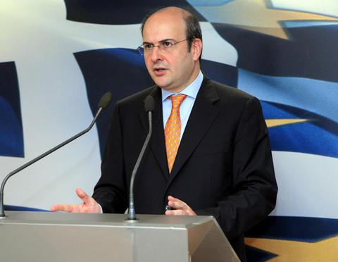 Χατζηδάκης: Θα εφαρμοστούν πολλές προτάσεις βουλευτών για τα ακίνητα