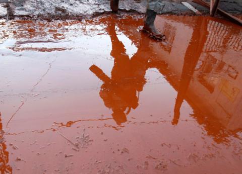 «Σε απέραντη χωματερή με τοξικά μετέτρεψε η Καμόρα τη νότια Ιταλία»