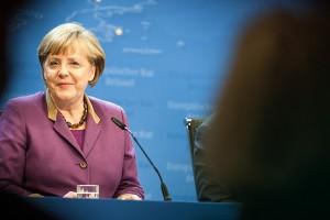 Μέρκελ: Να μη διαταραχθούν οι σχέσεις Γερμανίας - ΗΠΑ