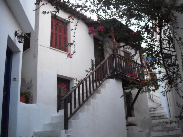 Κτίριο με ιστορία στη Σκιάθο