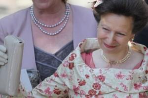 Χαμός με δήλωση της Πριγκίπισσας Άννας: Τρώτε κρέας αλόγου για το... καλό των ζώων!