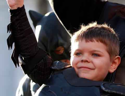 ΗΠΑ: Συγκίνησε ο 5χρονος «Μπάτμαν»