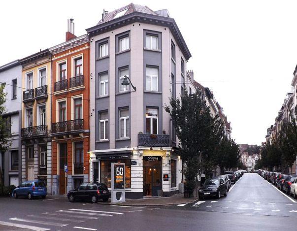 Γέμισαν ελληνικά «φιλέματα» τις Βρυξέλλες