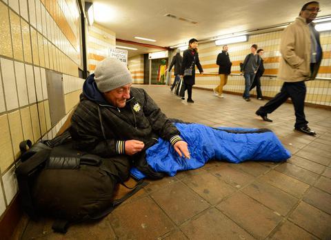 «Τσουνάμι» αστέγων στη Βρετανία