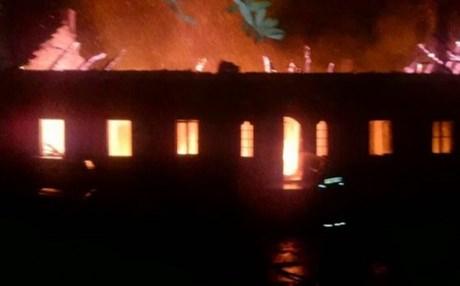 Φωτιά έκαψε το κελί του Αγίου Αρτεμίου