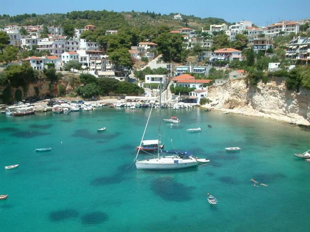 Αίτημα ετών το αλιευτικό καταφύγιο Βότση Αλοννήσου