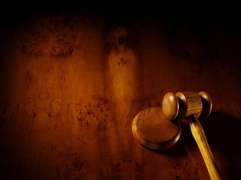 Αστυνομικός, υπάλληλος του ΣΔΟΕ και δικηγόροι κατηγορούνται για εκβιασμό