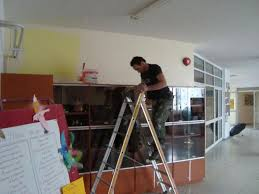 Eργασίες στο διδακτήριο του δημοτικού Ριζομύλου