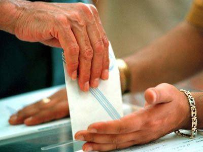 Δεν αλλάζει ο εκλογικός νόμος για τις δημοτικές εκλογές