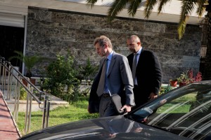Πρόταση - σοκ από την τρόικα: Καμία νέα σύνταξη για το 2014