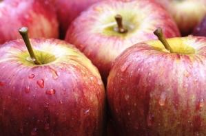 Τα μήλα προλαμβάνουν εμφράγματα, εγκεφαλικά επεισόδια