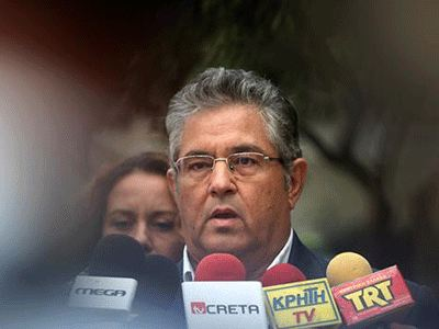 KKE: «Θα καταψηφίσουμε το κυβερνητικό σχέδιο για τους πλειστηριασμούς»