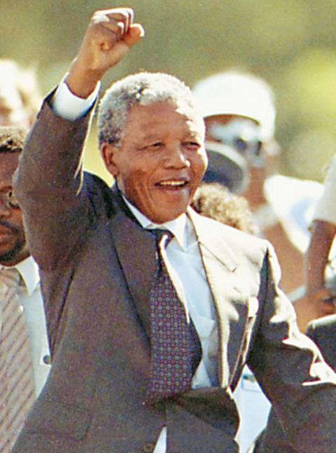 Η Μοσάντ είχε εκπαιδεύσει τον Μαντέλα