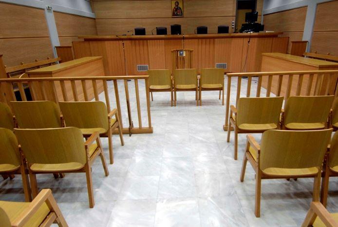 Λογαριασμός με «αγκάθια» για δικηγόρους