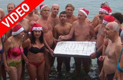Έκοψαν την βασιλόπιτα οι χειμερινοί κολυμβητές του Βόλου