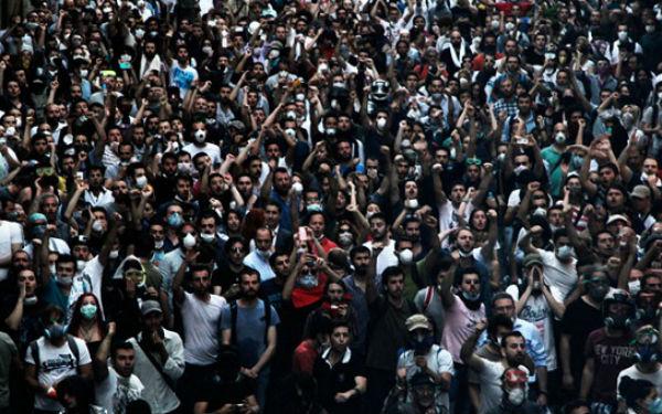 Κατηγορίες τρομοκρατίας για 36 διαδηλωτές της πλατείας Ταξίμ