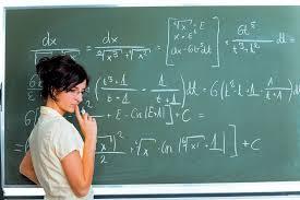 Ορατός ο κίνδυνος της απόλυσης εκπαιδευτικών σε διαθεσιμότητα