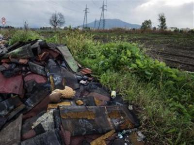 Ανθρωπιστική τραγωδία στην Ιταλία – Θάνατοι και καρκίνος από τα τοξικά απόβλητα