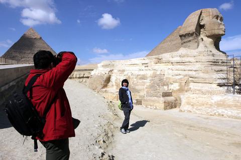Σχεδόν 100 εκατομμύρια Κινέζοι τουρίστες στο εξωτερικό το 2013