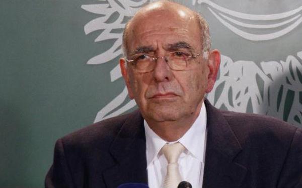Κύπρος: Χάρη από τον Νίκο Αναστασιάδη ζητά ο πρώην υπουργός Άμυνας Κ. Παπακώστας