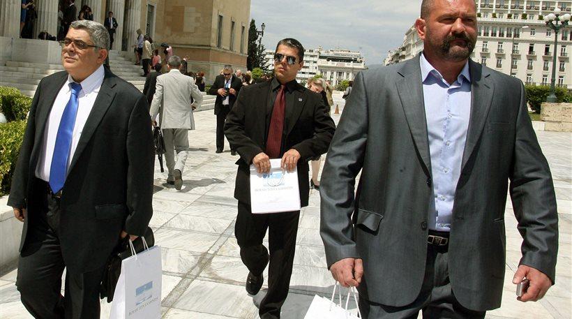 Εντοπίστηκαν off shore και λογαριασμός εκατοντάδων χιλιάδων ευρώ που ανήκουν στην ΧΑ