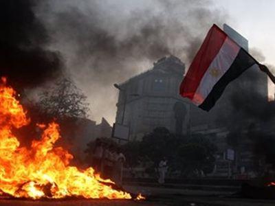 Αίγυπτος: Αιματηρή η πρώτη ημέρα του δημοψηφίσματος