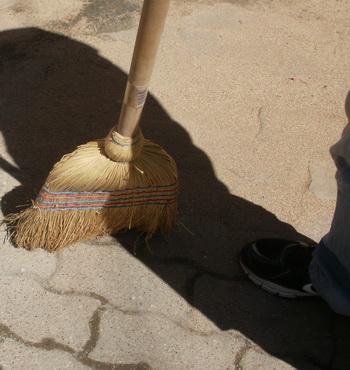 Ελλειψη εργατών καθαριότητας στη Σκιάθο