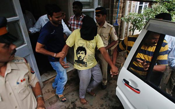 Ινδία: Δύο συλλήψεις για τον ομαδικό βιασμό τουρίστριας στο Νέο Δελχί