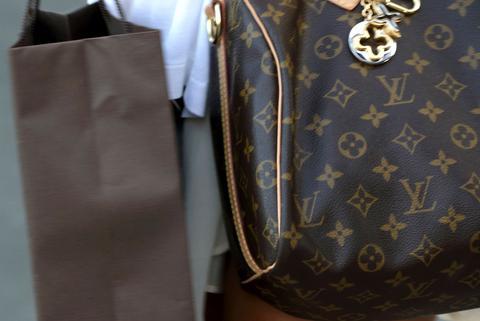 ΗΠΑ: «Μίζα» με Rolex και Louis Vuitton σε πρώην κυβερνήτη