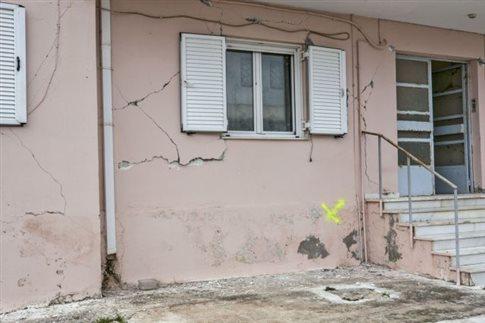 Δεκάδες μετασεισμοί στην Κεφαλονιά, εκκενώθηκε οικισμός λόγω κατολίσθησης
