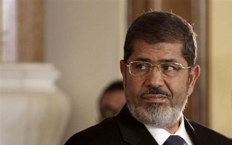 Μόρσι: Εγώ είμαι ο νόμιμος πρόεδρος, εσείς ποιοι είστε;